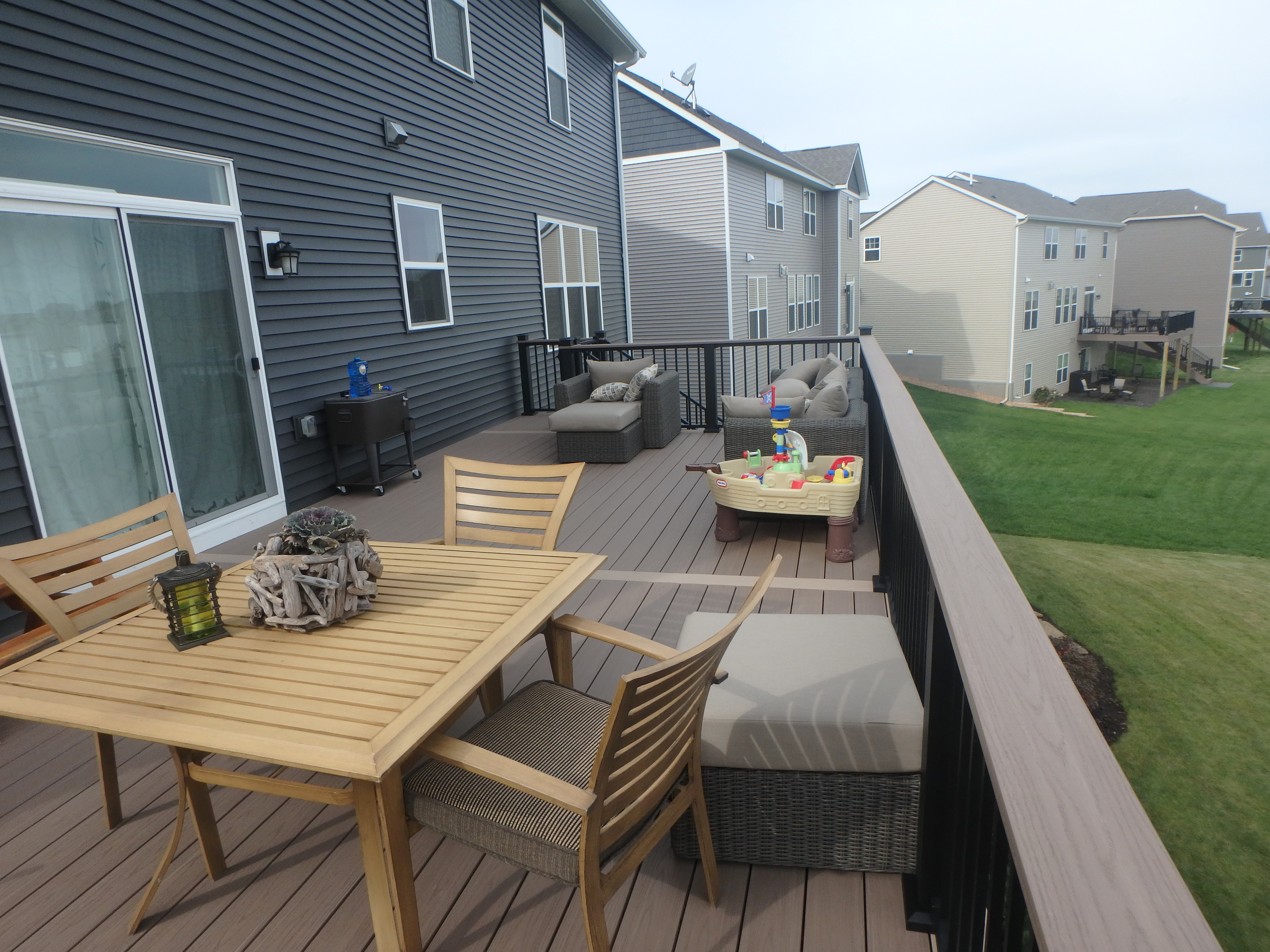 Low maintenance deck project. Azek. Westbury
